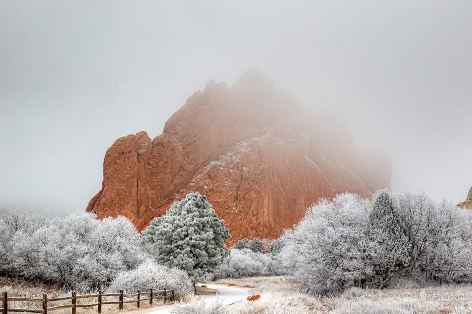 _A look of the day just before 1_00 p.m. from the Garden of the Gods. This is North Gateway rock at the east entrance. The rangers did a great _220534