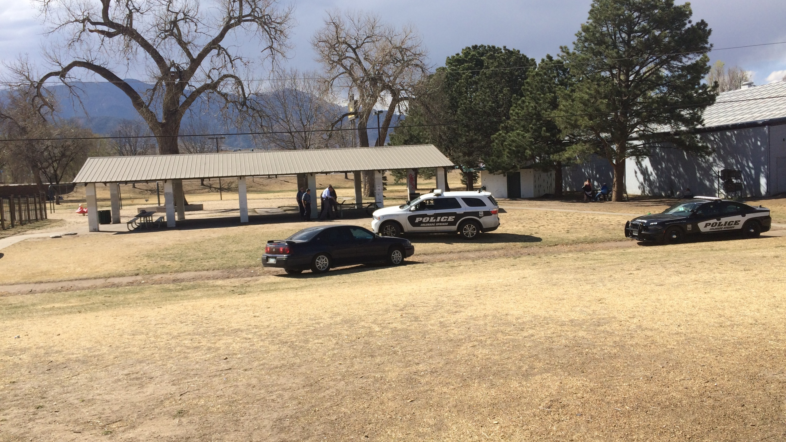 A man was stabbed in the back at Dorchester Park in downtown Colorado Springs Thursday afternoon. _ Mike Duran - FOX21 News_242557