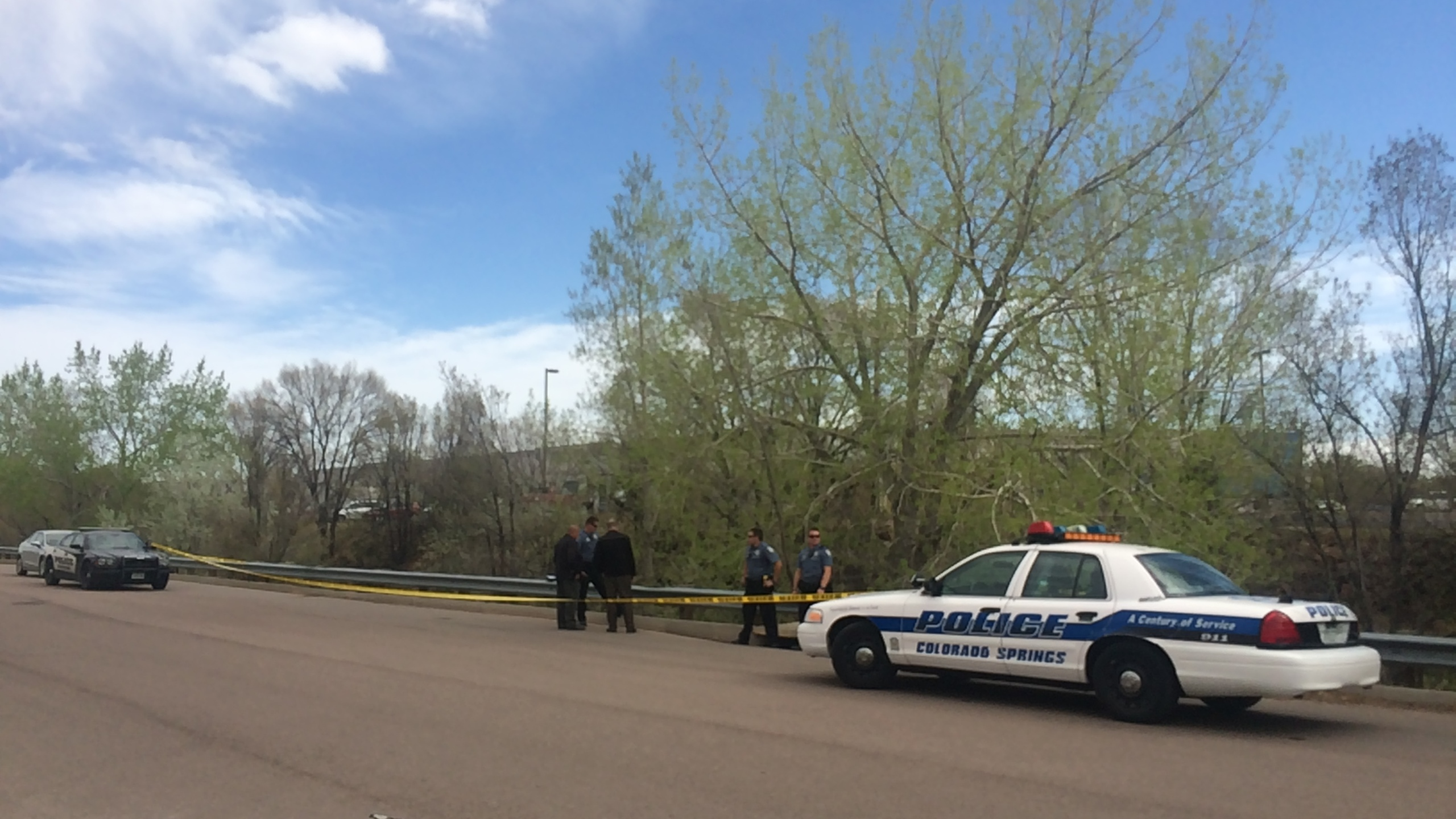 Authorities are investigating after a man's body was found along a creek in eastern Colorado Springs Monday morning. _ Angela Case - FOX21 News_260092