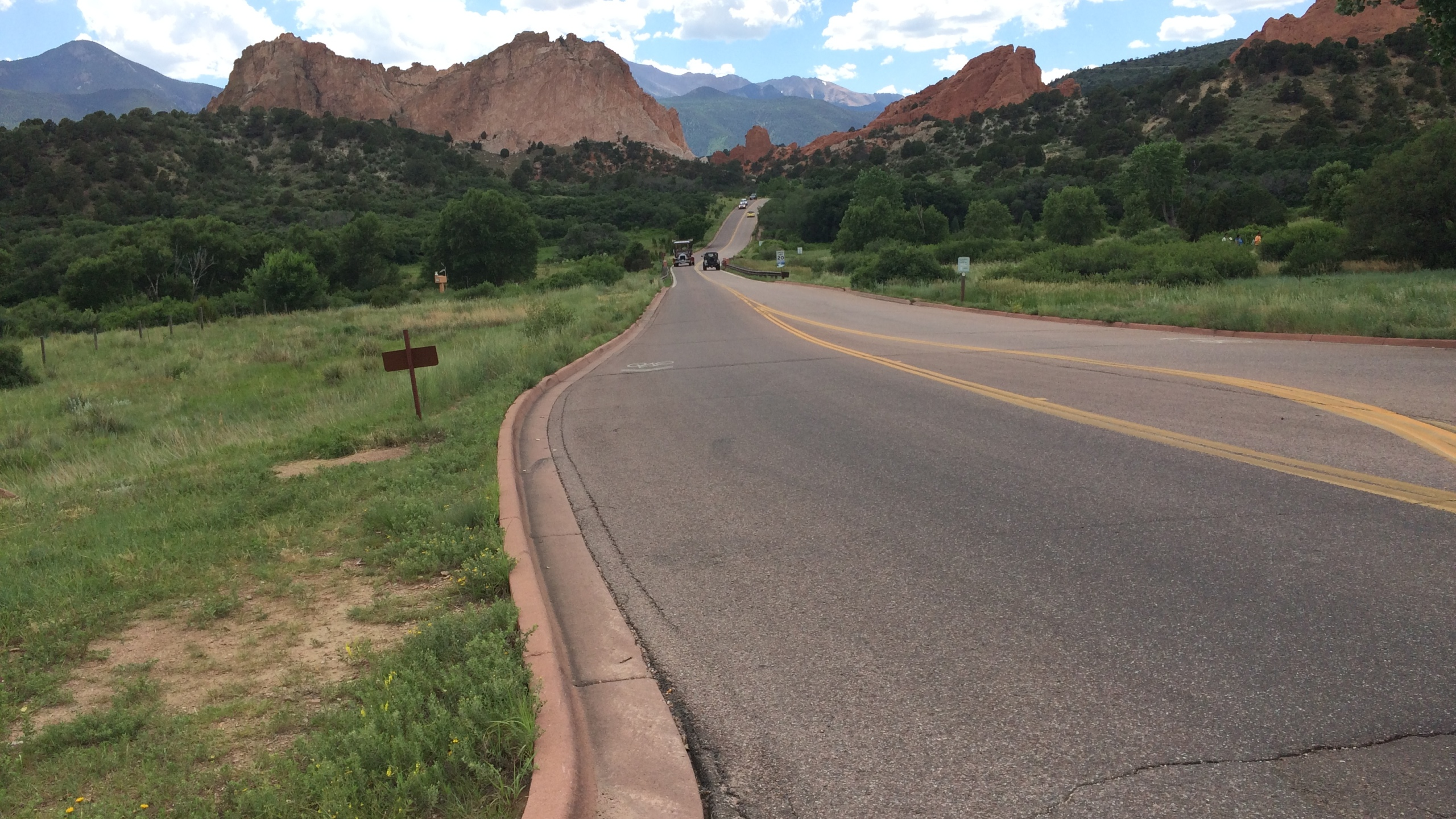 Roads in Garden of the Gods will be closed overnight for about three weeks for paving. _ Mike Duran - FOX21 News_177885