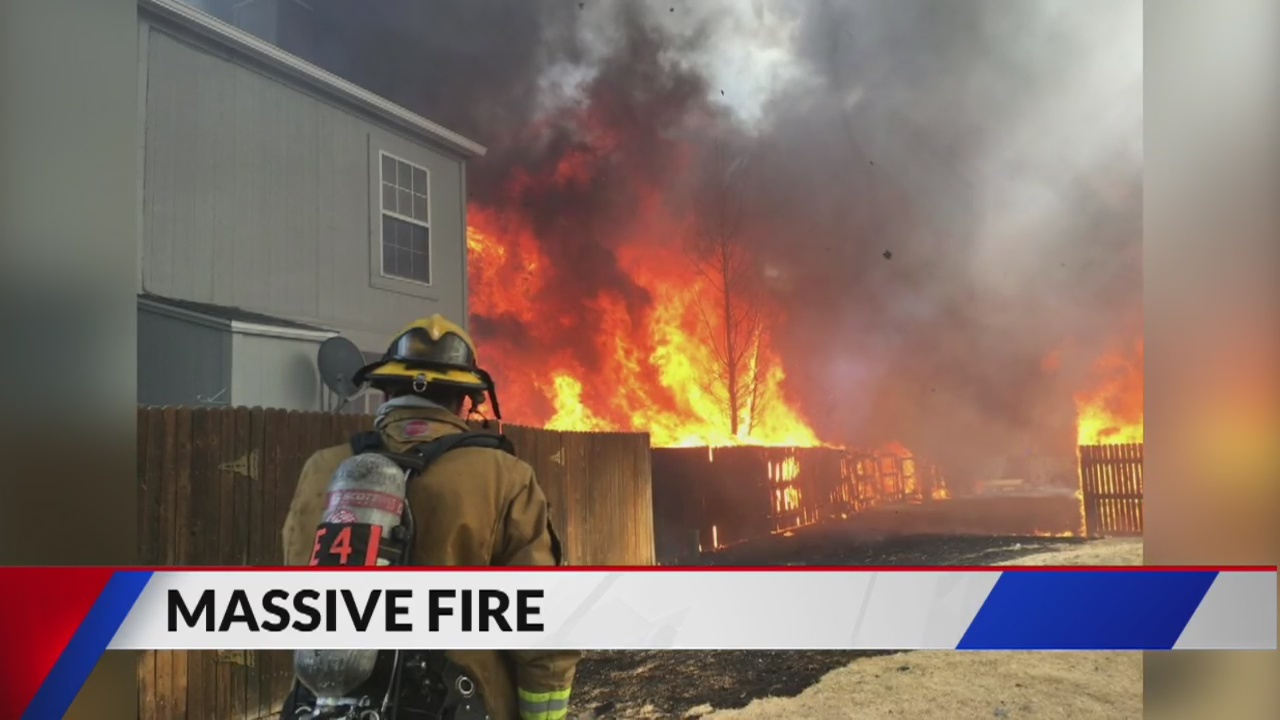 Fire breaks out at Colorado Springs townhouse complex