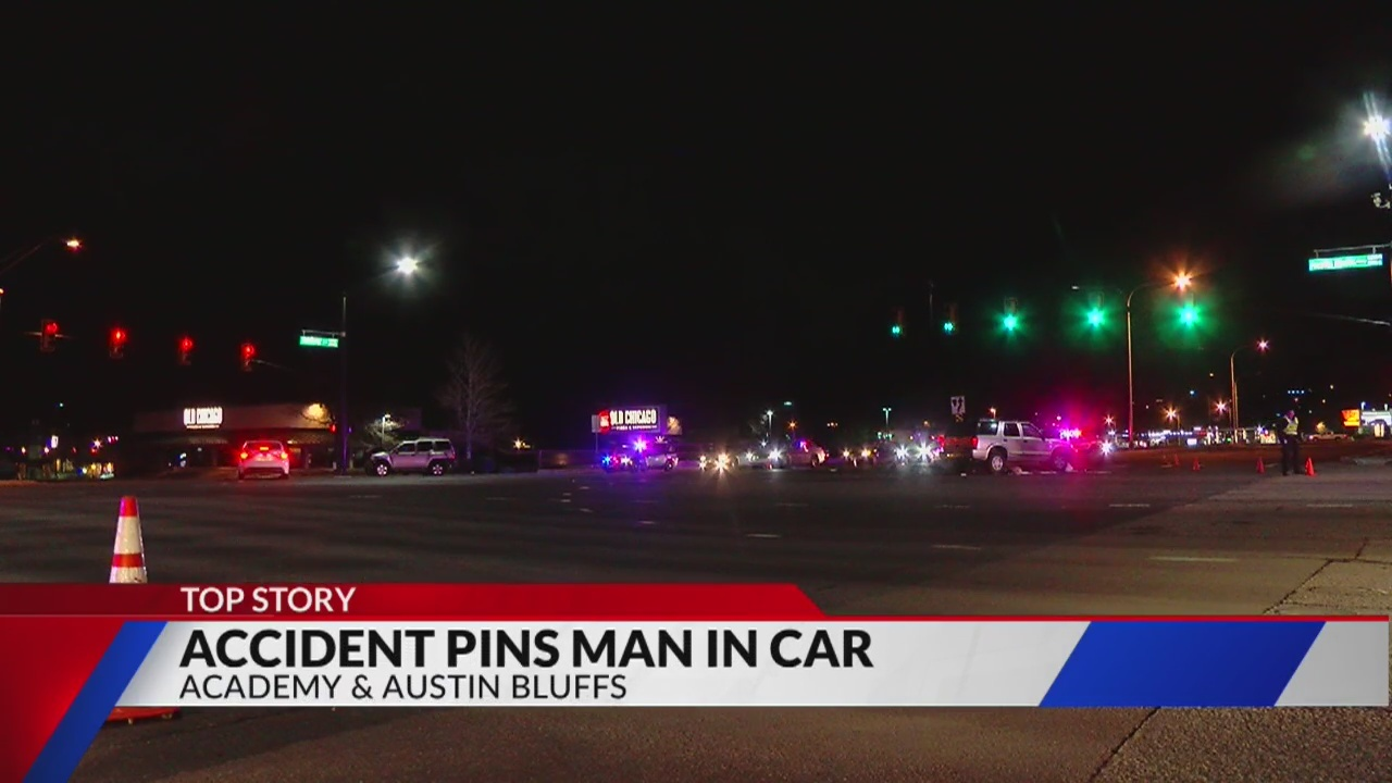 Two Injured In Crash At Academy And Austin Bluffs