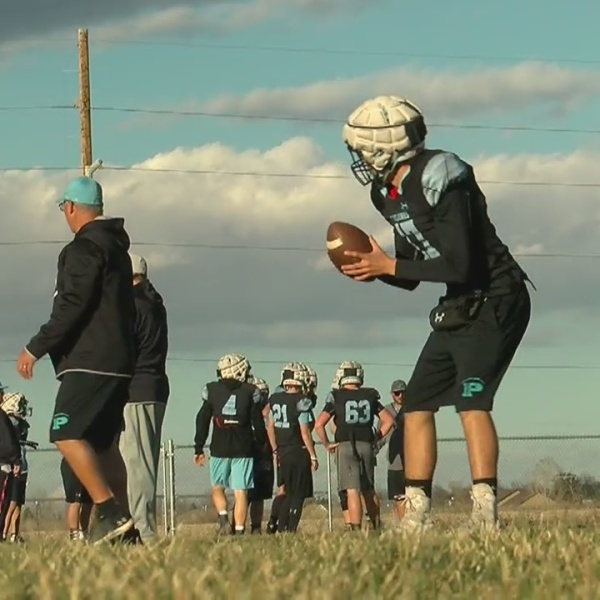 Pueblo West, Rampart playing for league title