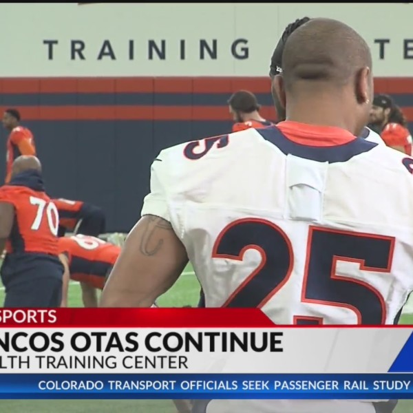 Broncos Harris Jr. reacts to new deal