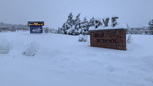Plenty of snow at Rye High School around 7:30 a.m. October 24. / Valerie Mills - FOX21 News