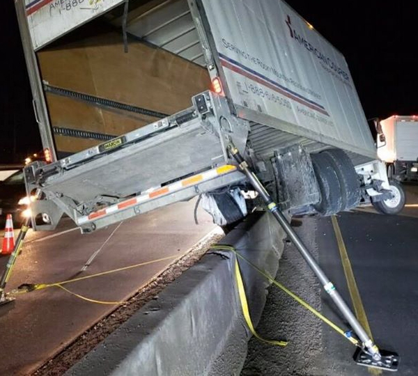 Crews clean up a crash on Interstate 25 at County Line Road Wednesday morning. / Photo courtesy Colorado Department of Transportation