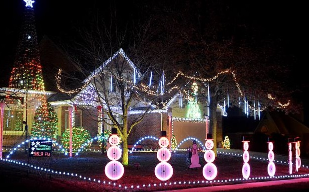 Best Christmas Decorations Cold Dprings Nv 2020 Map of best Christmas light displays in Colorado Springs | FOX21
