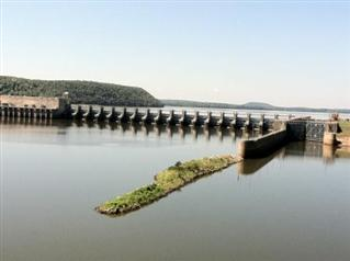 The Robert S. Kerr Lock and Dam / Photo courtesy US Army Corps of Engineers