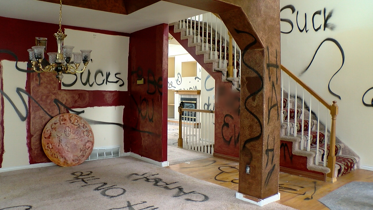 """""""Little slice of hell"""" house in Colorado Springs sells one week after being listed"""